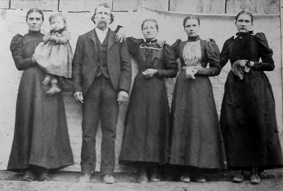 Scott County VA Head family